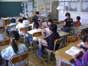 3年生の教室(7:59)