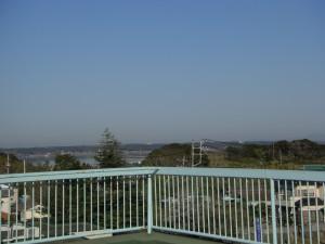 北浦 北西方向にはうっすらと筑波山が見えます(7:35)