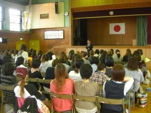 本校の教育について熱く語りかける校長先生(14:40)