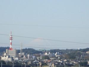 城山公園から富士山が見えました。(9:10)