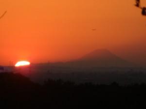 夕日と富士山(16:30)