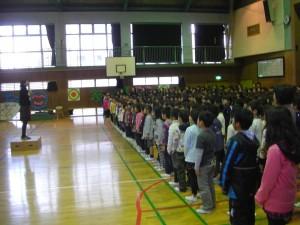 オープニング 全児童全職員による全校合唱(8:30)
