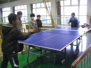 卓球クラブ・・・ラリーが続いています(15:25)