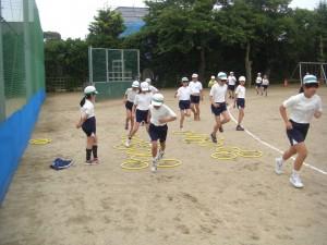 サーキットトレーニングに励む子どもたち(10:20)