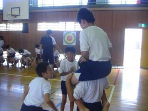 グループ毎に練習を進めています(11:40)