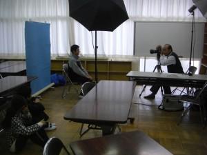 卒業アルバムの写真撮影が始まりました。(13:55)