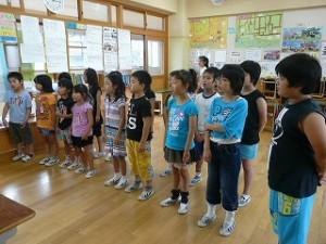 合唱の練習(低学年)\