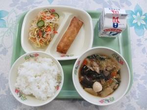 中華丼と春巻き、もやしのナムル