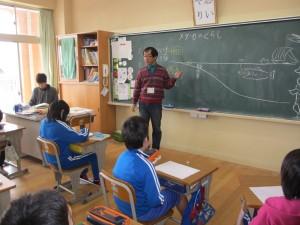 アサザ基金の飯島先生の授業。大変楽しくためになりました。\\