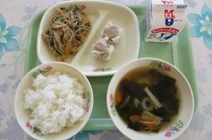 シュウマイとチャプチェと中華スープ\