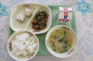 ビビンバとパオズ、中華風コーンスープ\
