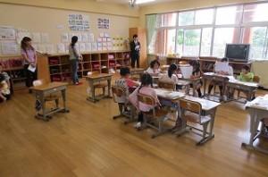授業参観2年生「お話の作者になろう」\