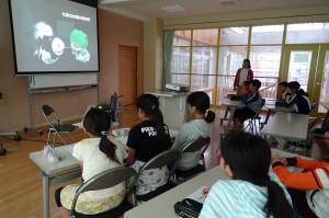 茨城県警察本部生活安全部少年サポーターセンターからお越しいただき,大切なことを教えてくださいました。\