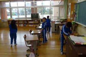1年生の教室掃除