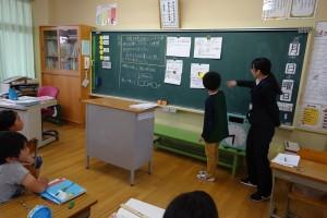 基本的な学習過程(個→グループ→学級、という流れのワーク)
